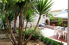 Villa for 4-6 people only 300 meters from the beach Ragusa