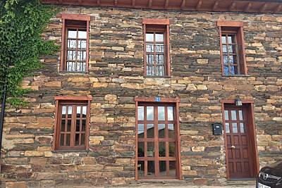 Casa de piedra en Muga de Alba Zamora