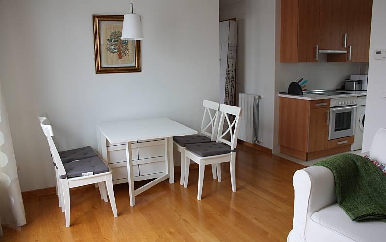 Apartamento de 2 habitaciones a 500 m de la playa llanes for Llanes habitaciones