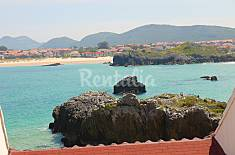 Apartment for 8-10 people on the beach front line Cantabria