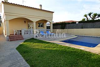 House with 3 bedrooms only 250 meters from the beach Tarragona