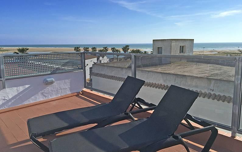Ático, terraza con vistas al mar, a 150 m de la playa Cádiz - Terraza