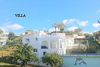 Villa close to the beach for 10 persons  Málaga