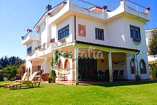 Villa for rent only 100 meters from the beach Rome