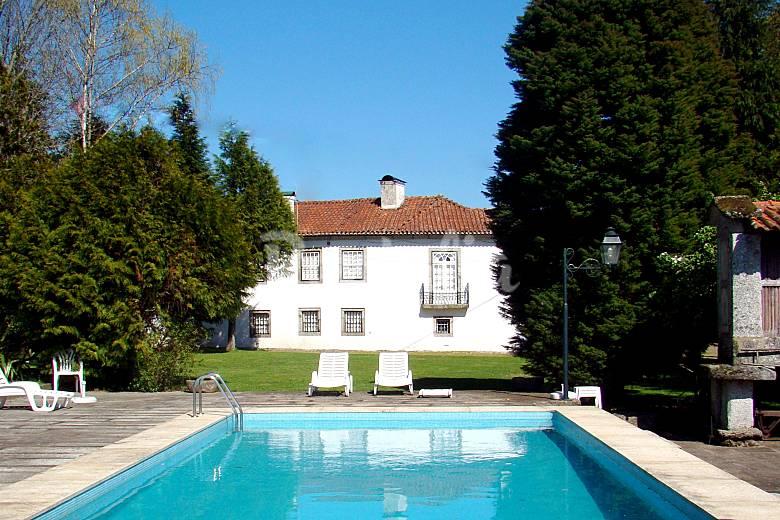 Casa das ParedesSolar cbelos jardins e piscinas  Medelo (Fafe