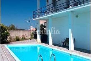 Casa em aldeia agrícola, a 19 km da praia (Nazaré) Leiria