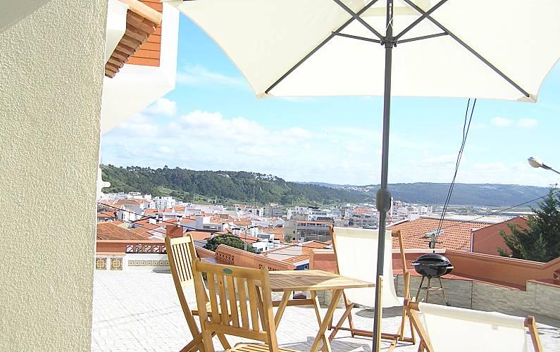 Apartamento para alugar a 450 m da praia Leiria - Terraço