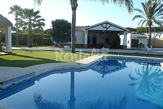 Villa with 3 bedrooms 6 km from the beach Cádiz