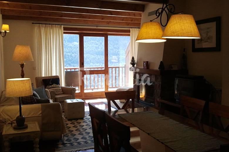 Acogedor y con encanto 1-4 personas (Valle Aran) Lleida/Lérida