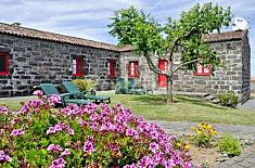 House for 4 people in Azores São Miguel Island