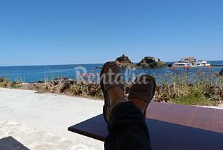 Apartamento para 3-5 personas en 1a línea de mar Menorca