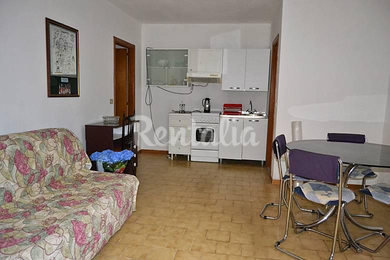 Appartamento in affitto a 1000 m dalla spiaggia for Piani di casa 1000 piedi quadrati o meno
