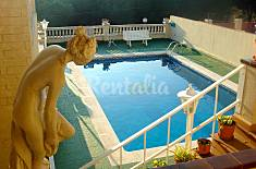 Villa with 4 bedrooms only 200 meters from the beach Barcelona