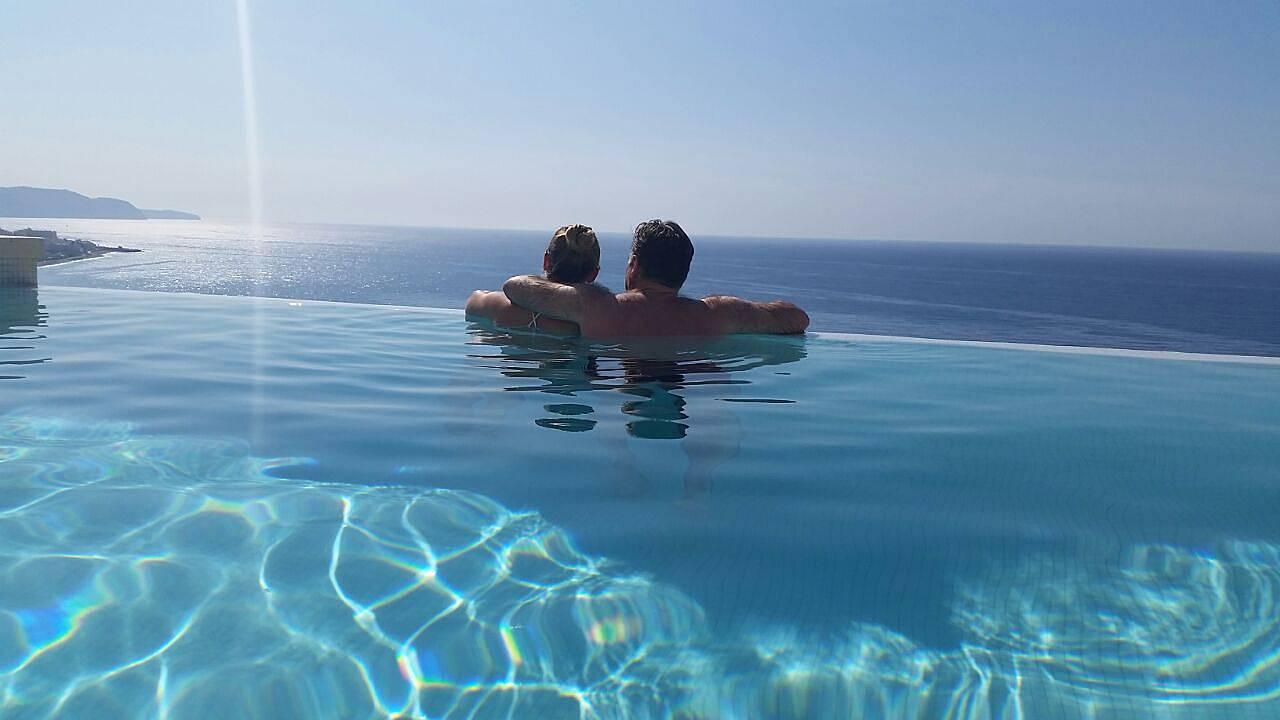 Con piscina privada y las mejores vistas al mar macaca for Piscina privada