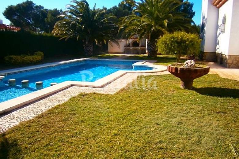 Villa per 10 persone a 1000 m dalla spiaggia miami playa - Piscina laghetto playa prezzo ...