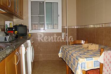 Apartamento centelles deltebre tarragona costa dorada for Piscina municipal centelles