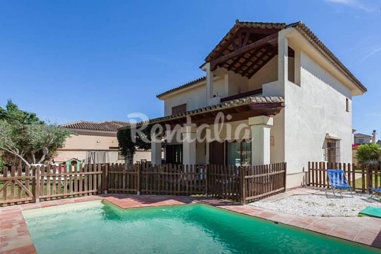 Magnifica villa en jerez wi fi piscina jerez de la for Piscina jerez de la frontera