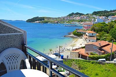 Piscina, jardín y barbacoa a pie de playa Pontevedra