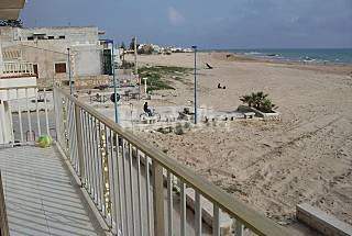2 Apartments only 30 meters from the beach Ragusa