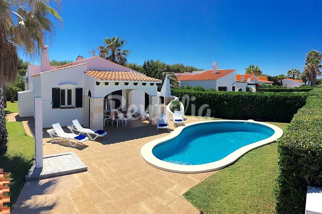 villa en location 1500 m de la plage cap d 39 artrutx
