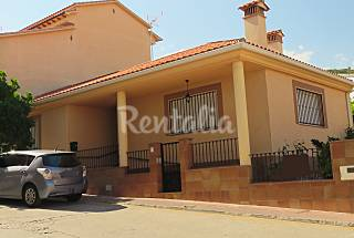 Casa de 3 habitaciones en Villanueva de La Vera Cáceres