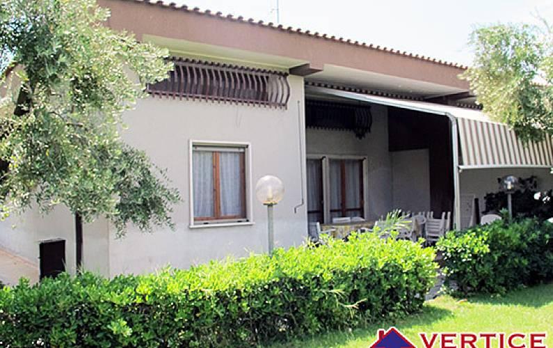 la villa hispanic singles La villa, tx texas ancestries, foreign born residents, place of birth detailed statistics.