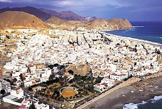 Apartamento de 2 habitaciones a 50 m de la playa Almería