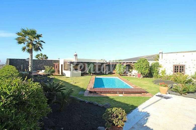 Villa en alquiler en canarias masdache t as lanzarote - Alquiler casas en lanzarote ...