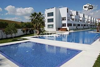 Apartamentos 2 dormitorios, piscina, 150m playa Almería