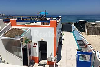 Casa no Baleal junto à praia.