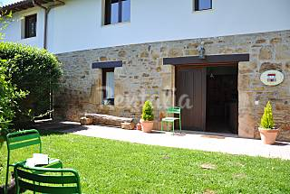 3 Houses 8 km from the beach Cantabria