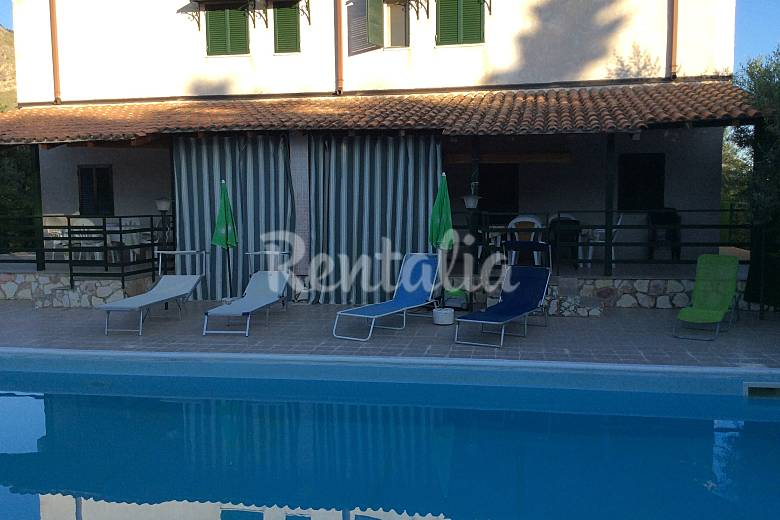 2 Villas en alquiler a 700 m de la playa Palermo
