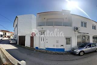 Vivenda com 2 quartos a 1000 m da praia em Ribamar Lisboa