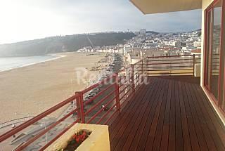 Apartamento para 4-6 personas en 1a línea de playa Leiria
