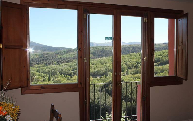 Casa Vistas desde la casa Ávila Hoyocasero Casa en entorno rural - Vistas desde la casa
