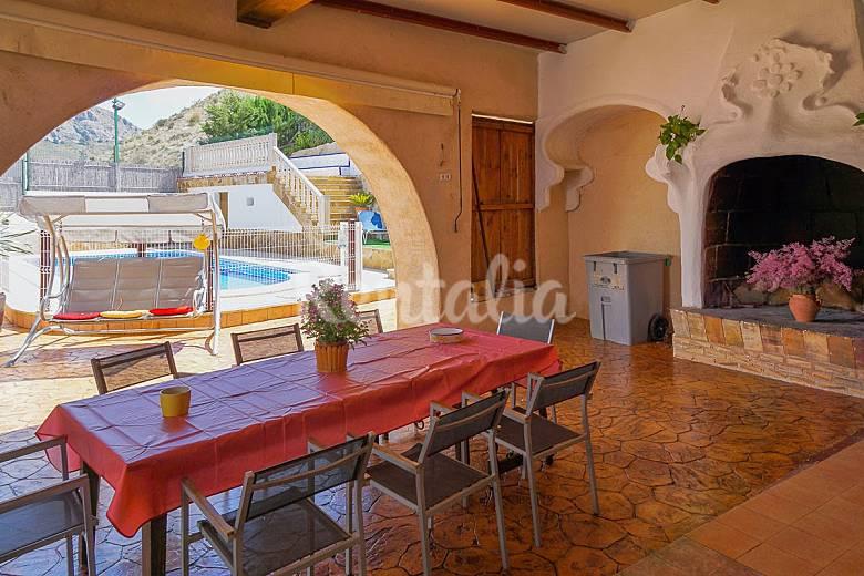 Casa de 5 habitaciones jardin y piscina privada la for Casa jardin murcia