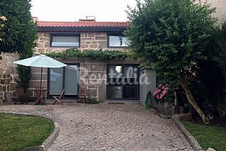 Casa para 2 a 5 pessoas  com jardim privado Viseu