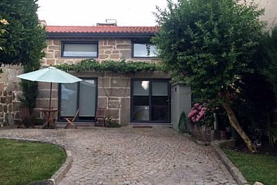 Casa para 2 a 4 pessoas  com jardim privado Viseu