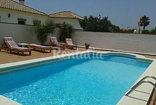Apartamento cerca de la fuente del gallo con wifi Cádiz