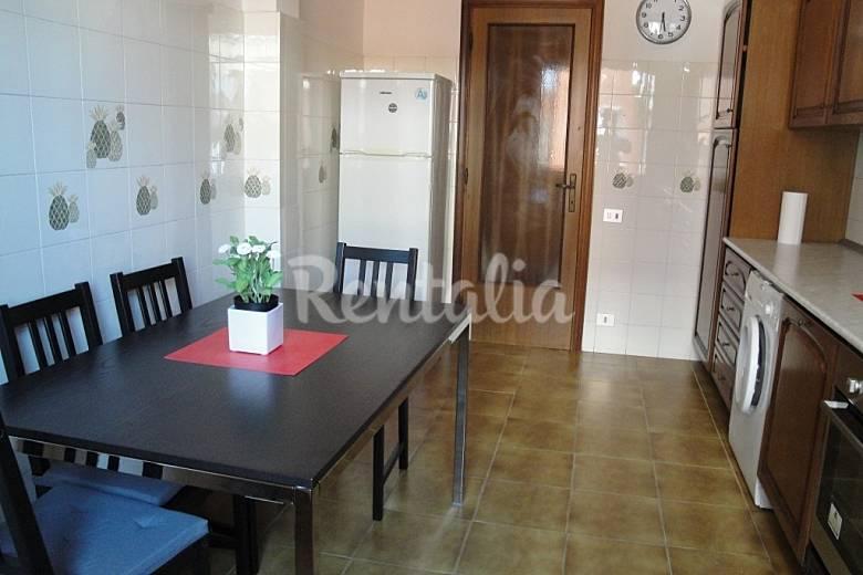 Apartamento de 3 habitaciones a 50 m de la playa - Ancona cocinas ...