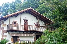 Apartamento rural Martienea. Entorno de montaña. Navarra