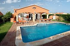 Villa en alquiler a 2.5 km de la playa Menorca
