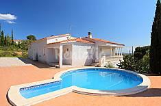 Villa en alquiler a 7 km de la playa Girona/Gerona