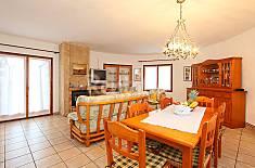 Villa en location à 5 km de la plage Gérone