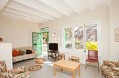 Villa for 11 people 5.2 km from the beach Barcelona