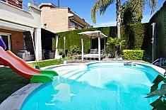 Casa en alquiler a 650 m de la playa Barcelona