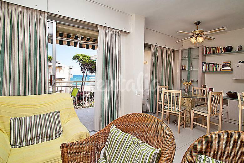 Apartamento en alquiler en 1a l nea de playa cambrils tarragona costa dorada - Apartamentos de alquiler en cambrils ...
