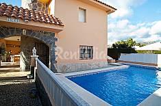 Villa for 5 people 2 km from the beach Tarragona
