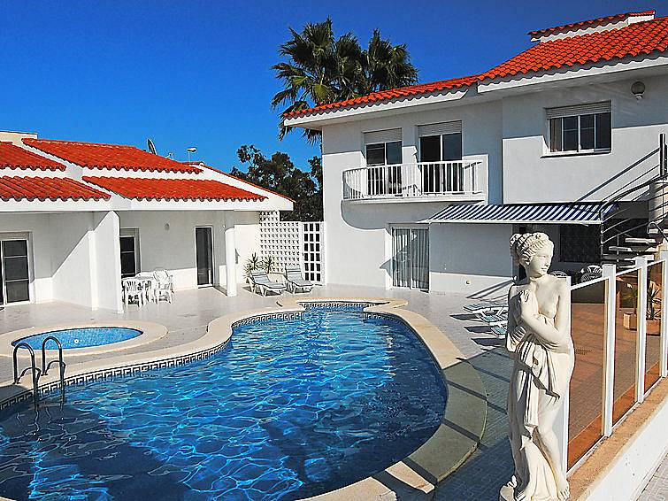 Apartamento para 4 pessoas com piscina eucaliptus for Piscina amposta