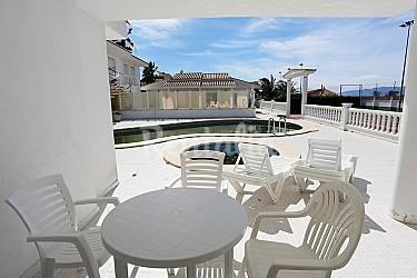 Apartamento para 5 personas con piscina eucaliptus for Piscina amposta